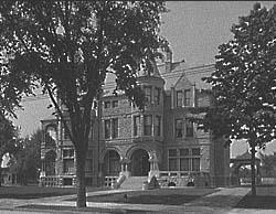 The David Whitney House