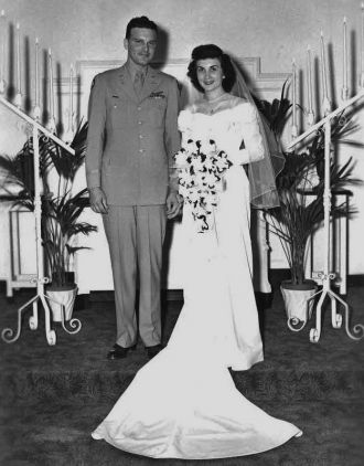Daryl Phillips & Helen Roth