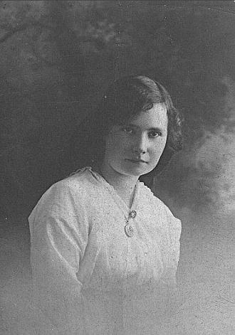 Gwladys Bengough, age 18