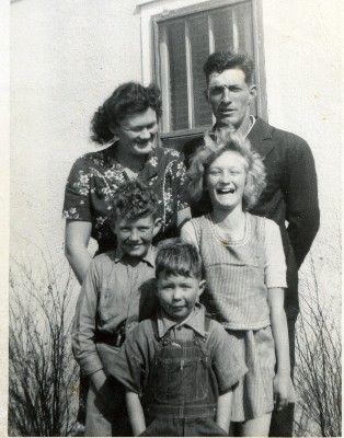 OLENY & SALLY & THE KIDS