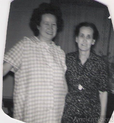 Lettie Bell Miller,Baker with her daughter Hazel Baker