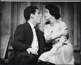 Marilyn Cooper and Elliott Gould