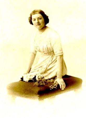 A photo of Zoe Nerina Ernestine Bell