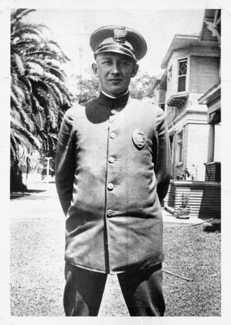 Unknown Policeman, Los Angeles