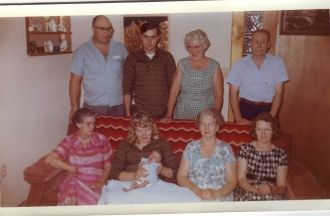 Bomstead & Morris families, Washington 1962