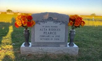 Alta Fay (Riddles) Pearce Gravesite