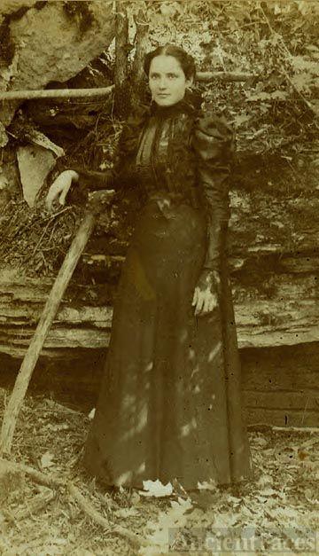 Belle Proffitt of Monroe County, KY