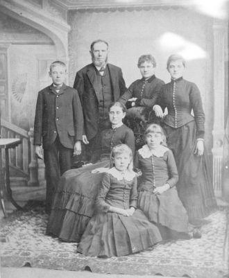 John and Sophia (Warner) Holtz Family Portrait ca 1885