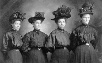 Ernestine, Mary, Martha, & Augusta Kappen