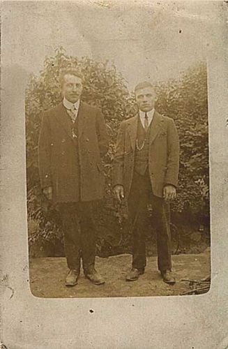 Unknown relatives of Peter R. CARTER