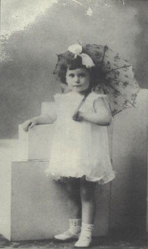 Sarah Fogiel 1935