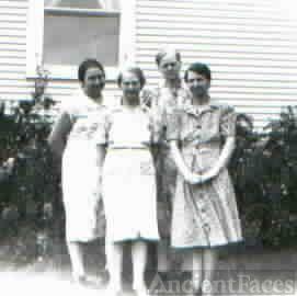 Four Eberhart sisters