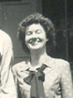 Louise Geneva Rector Mills Hallowell