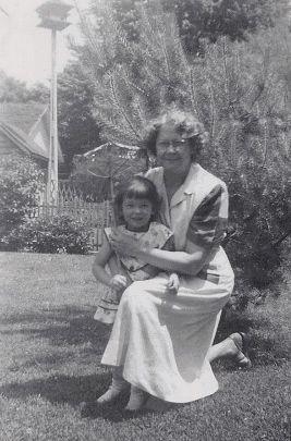 Mabel Ray Deel & grandchild