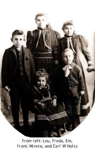 Holtz family, Iowa 1894