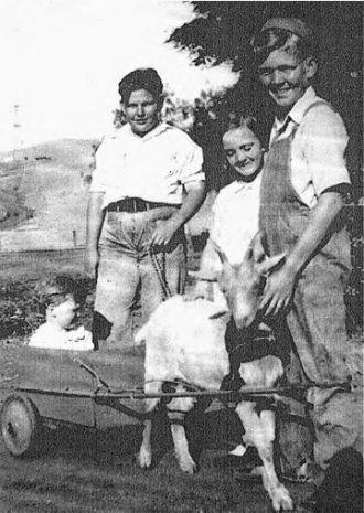 A photo of Doris (Phillips) Behnke
