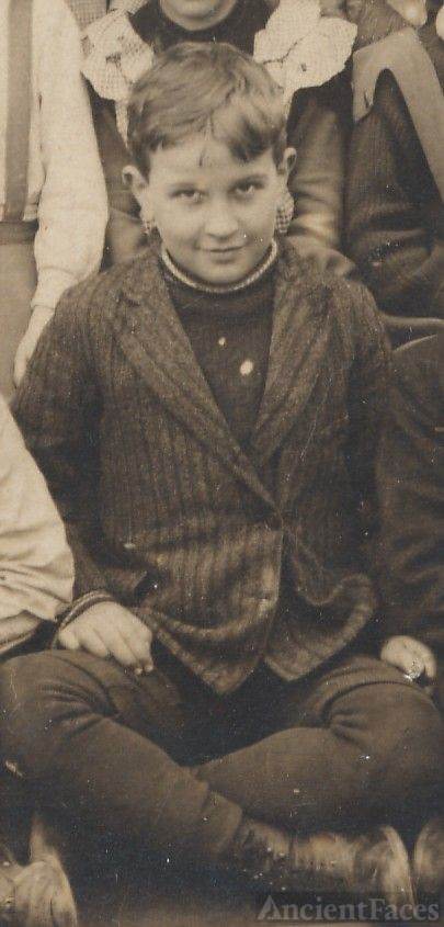 Walter Fleck, school boy