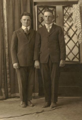 Walter & Oscar Hoppe