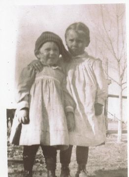 Annette and Marie Coon, Daughters of Arlie C. Coon and Lelia (Murray)