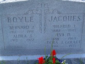 Dora J Goulet gravesite