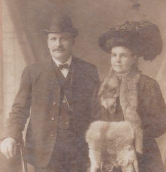 Frances and Pete Zmashinsky