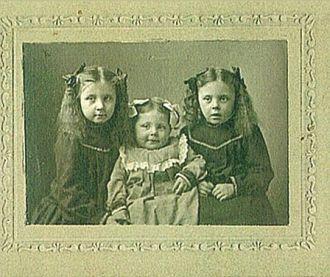 A photo of Pearl Emery