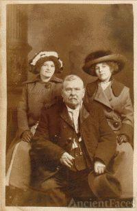 Edward, Clara, Corinne