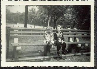 Arlene & Louis Schreiner, New York 1947