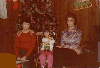 Scott and Dana GENTRY with grandma, Pauline BARLOW Gentry Koester