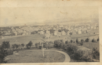 Has this town changed much since this was taken?