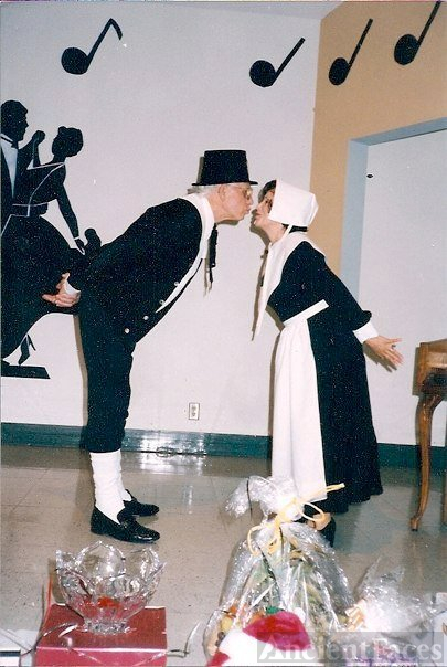 Tom and Terry Rogalski - Thanksgiving Pilgrims