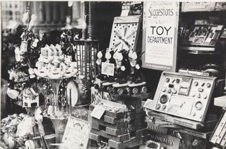 Woolworth's, 1935