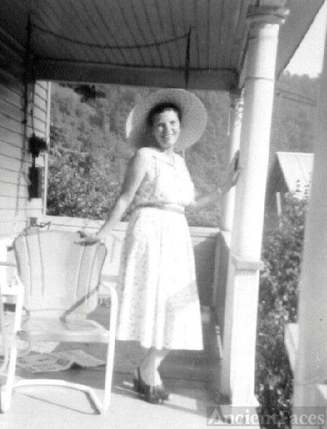 Cora Mae Mullins