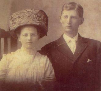 George Nelson Snider & Bertha Ferrell Wedding Photo