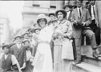Elisabeth Freeman and Elsie McKenzie
