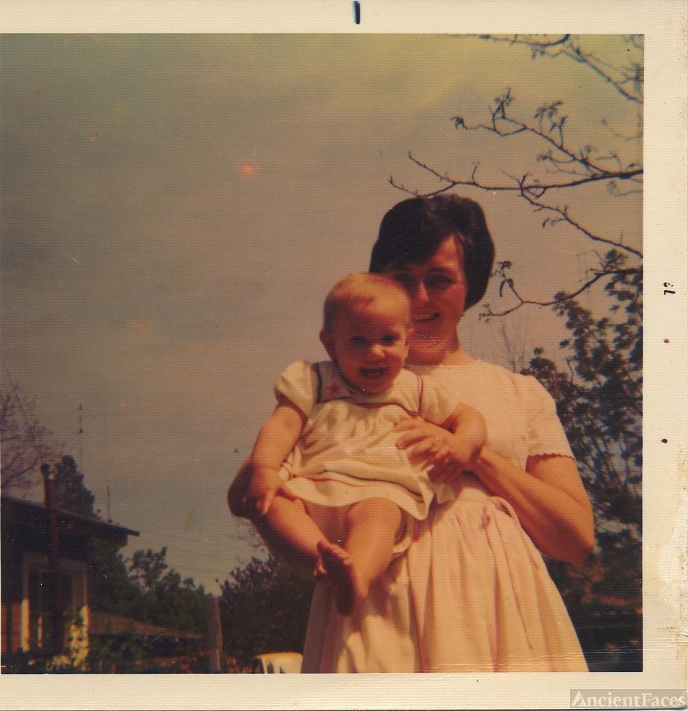 Mary & Anna (Hightower) Reidt