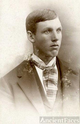 Henry Leory Helms
