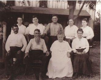 Looney Clan 1917