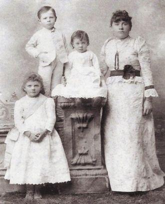 Anna Tisserand Fritz and her Children