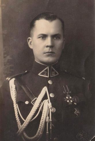 Jonas Rascius, Letuvos kariuomenės kapitonas.