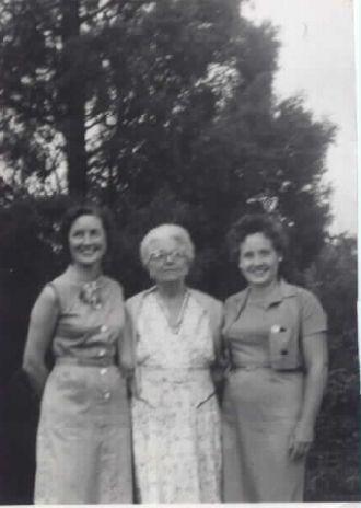 Kathryn, Irene, & Florence (Spring) Fink, Ohio 1960