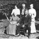 Sarah, Harry, Anna, Hiram, Laurie Jones c1915