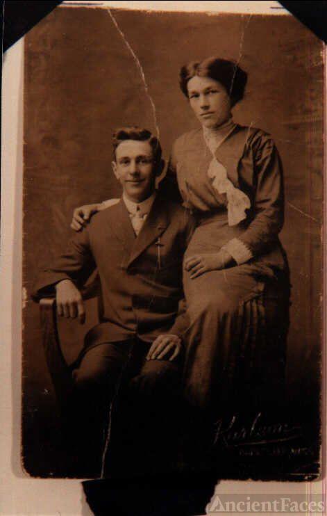 Walter & Laura M. (Knight) Johnson