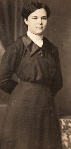 Fanny Meta (Janssen) Roos, 1914