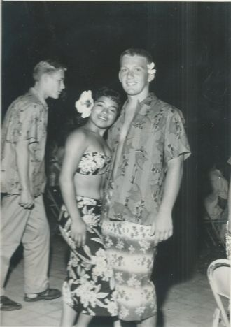 Russ Poe at Waikiki Luau
