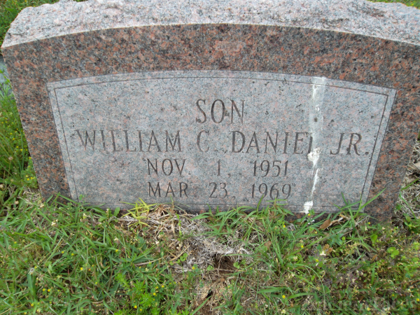 "William Clyde ""Billy"" Daniel Jr Gravesite"