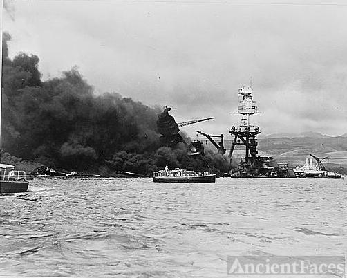 Wreckage of USS Arizona, Pearl Harbor