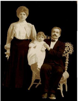 Julia, Leo, & Solomon Maloff, Rhode Island 1904