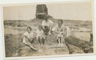 A photo of Beryl Therese (Baker) Colquhoun ( Beitans