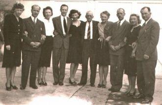William A. Croft Family, 1947